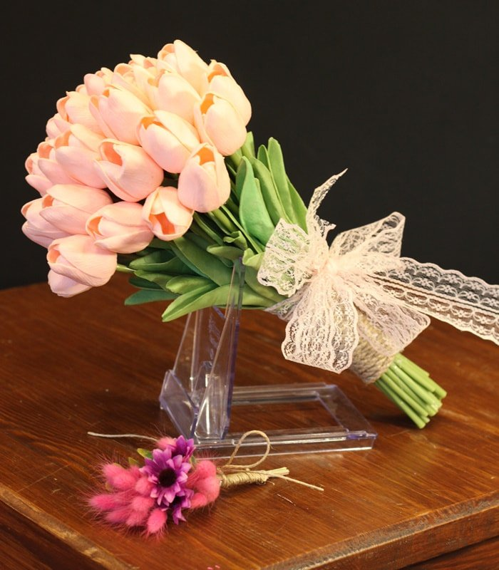 Toz Pembe Lale Gelin Çiçeği