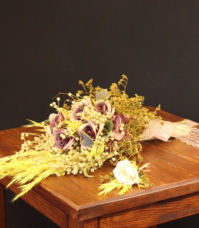 Kuru Pastel Gelin Çiçeği