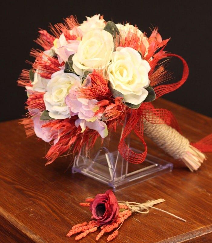 Kırmızı Beyaz Gelin Çiçeği